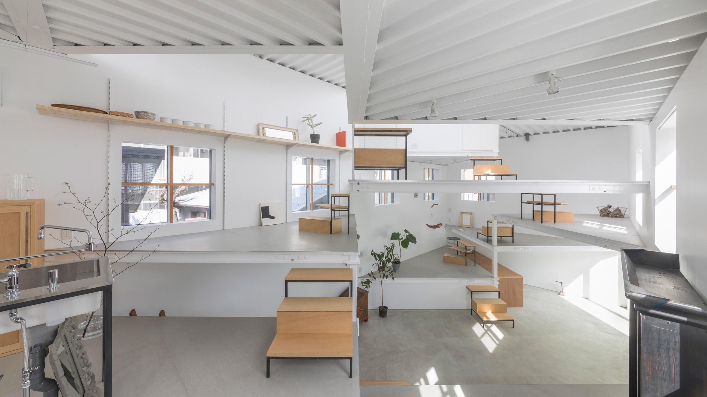 House in Miyamoto, Japan, by Tato Architects