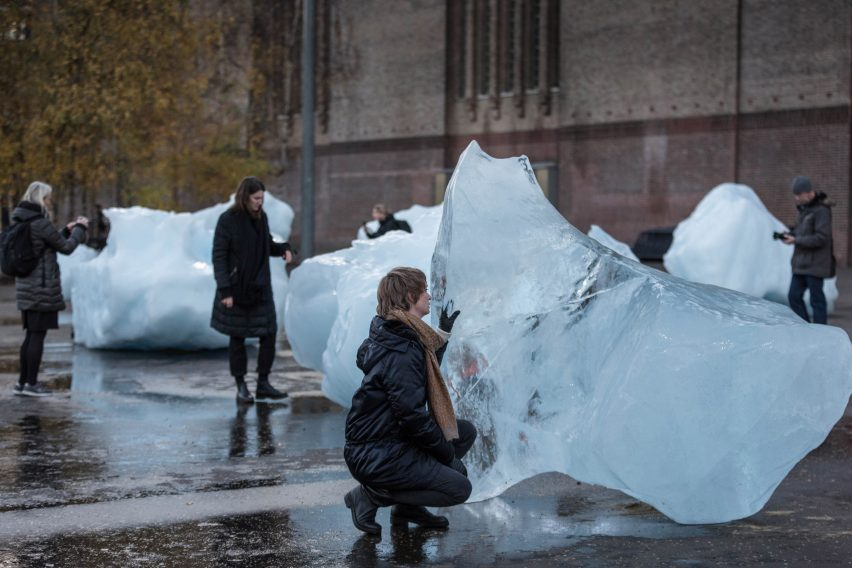 Olafur Eliasson installs giant blocks of ice across London