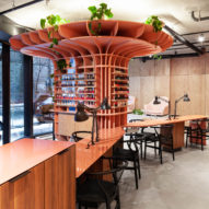 Pink pillar draws focus at Hideout beauty salon by Ménard Dworkind