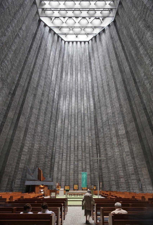 Léon Stynen architecture: Sint-Rita Church, Harelneke