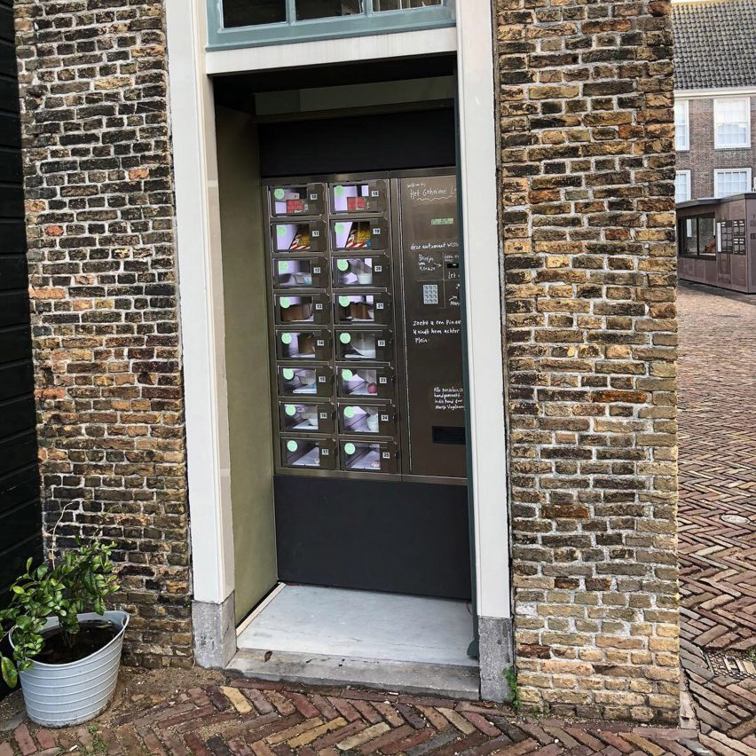 Marije Vogelzang's secret vending machine