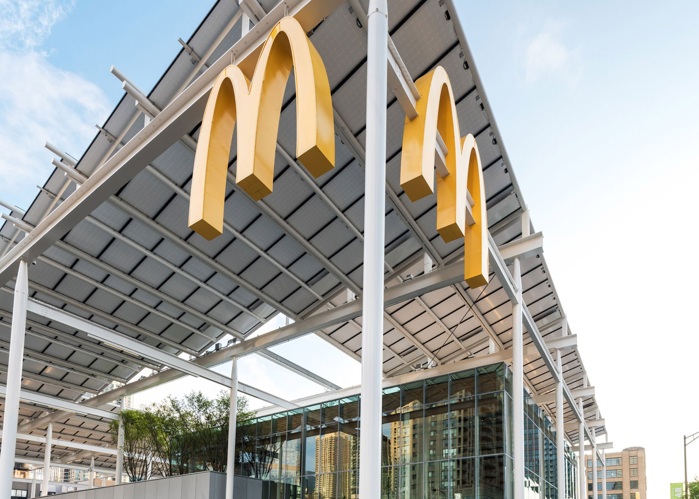 McDonald's Chicago Flagship by Ross Barney Architects