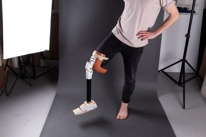 Circleg recycled plastic prosthetic leg