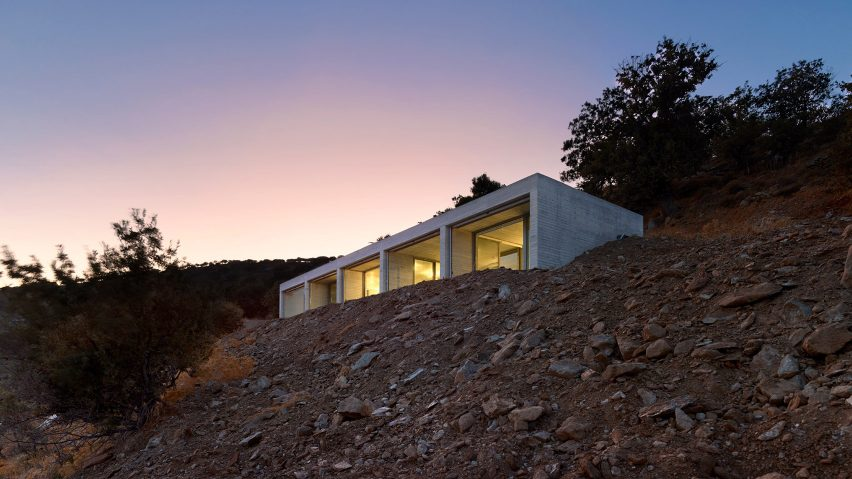 Parallel House by En Route Architects
