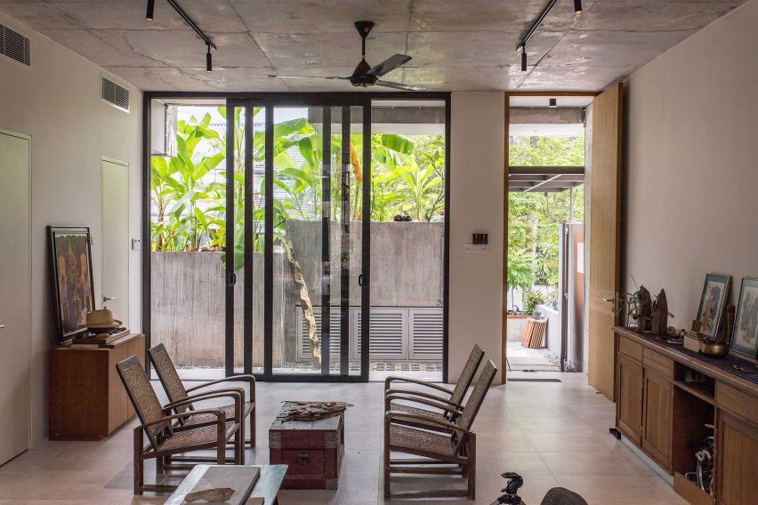 Interior of Planter Box House in Kuala Lumpur by Formzero