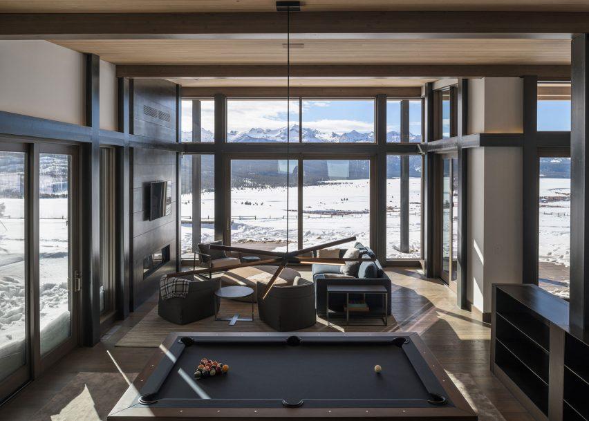 Shaw Mesa Residence, Idaho, by Michael Doty Associates