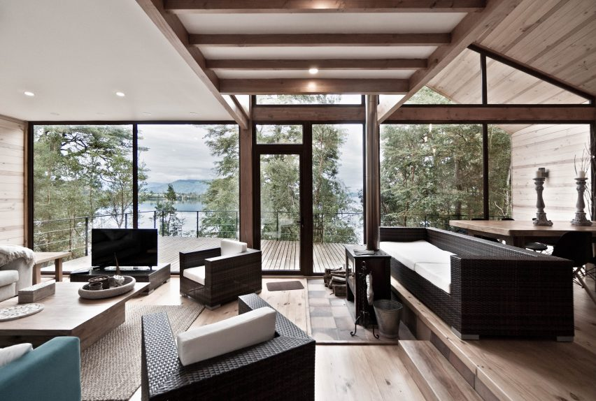Split House lakeside retreat in Chile by Hsu Gabriel Architects