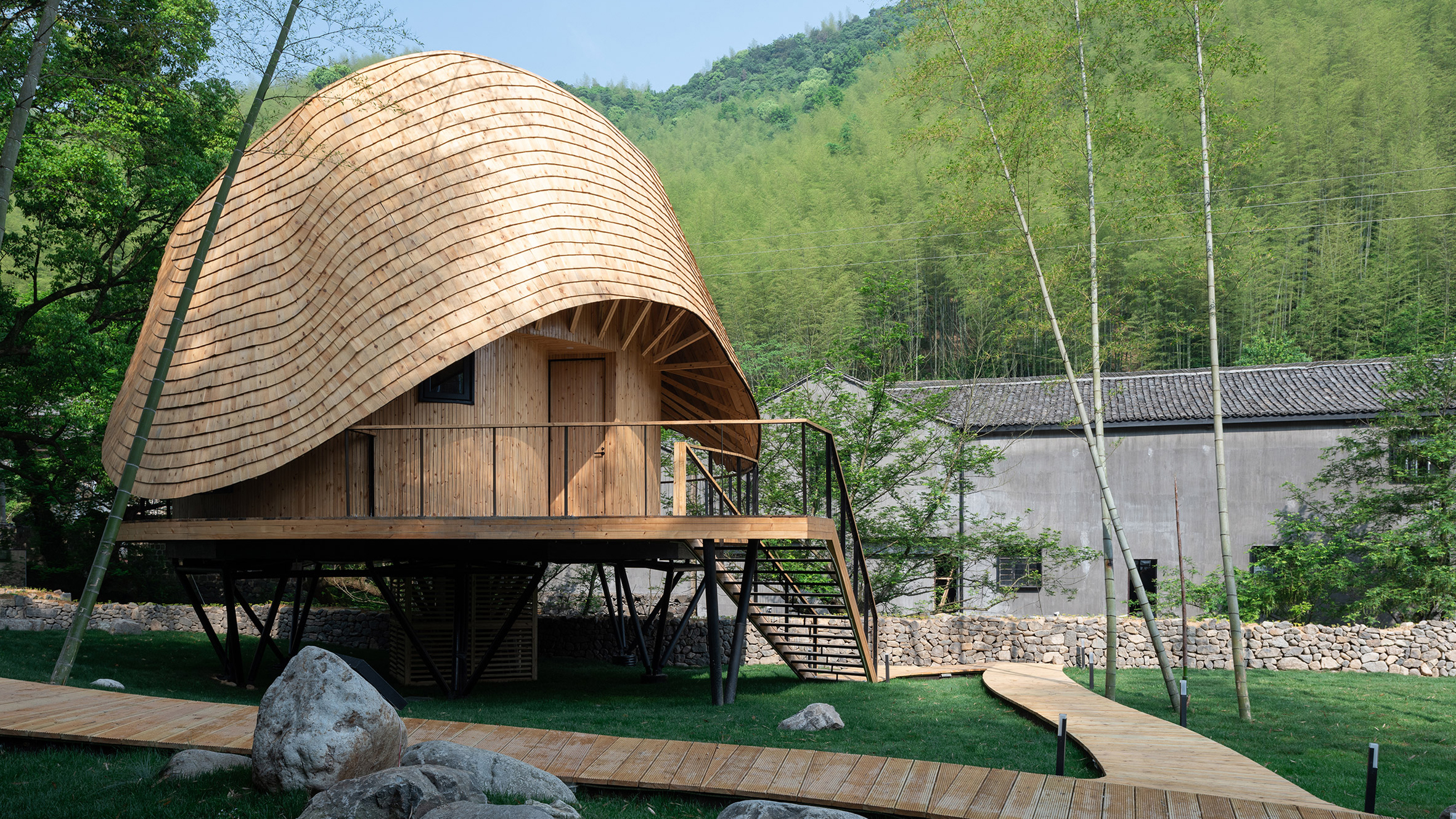 Treewow Retreat, China, by Monoarchi