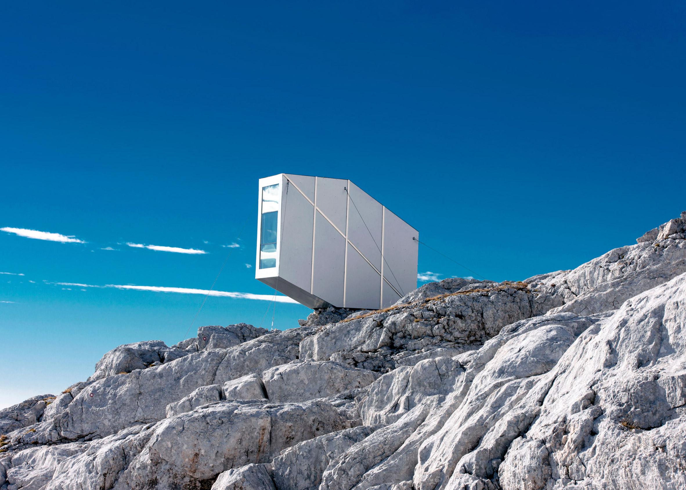 Kanin Winter Cabin by Ofis