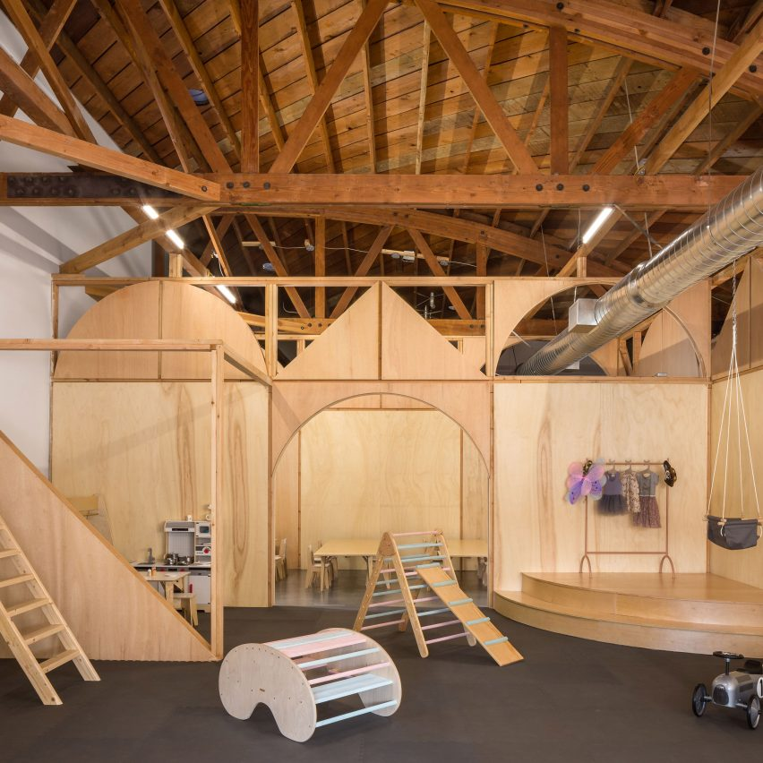 Big and Tiny co-working space and kindergarten by Zooco Estudio