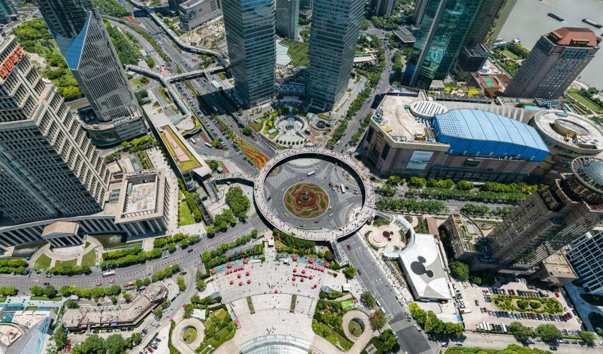 195-gigapixel photo of Shanghai allows viewers to zoom in on street-level detail