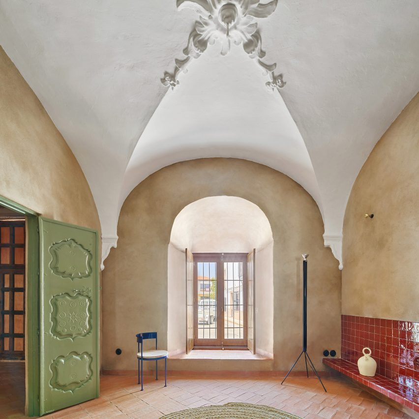 Interiors of Casa Villalba de los Barros, designed by Lucas y Hernández-Gil