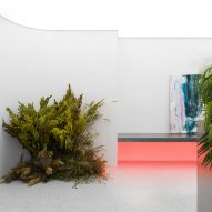 Guapa Flower Shop by Eduard Eremchuck