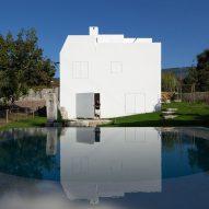 House in Afife by Guilherme Machado Vaz
