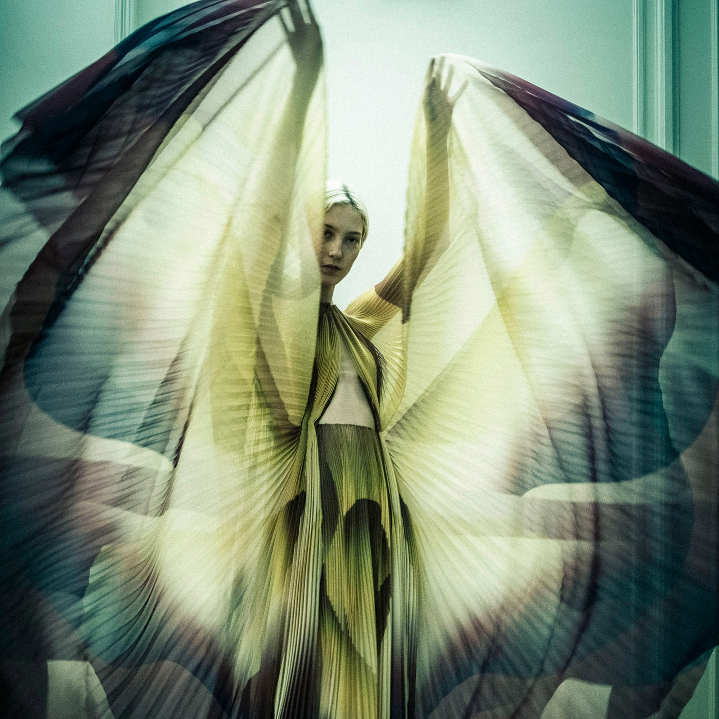 a185a0364 Iris van Herpen explores human-animal hybrids in Shift Souls couture ...