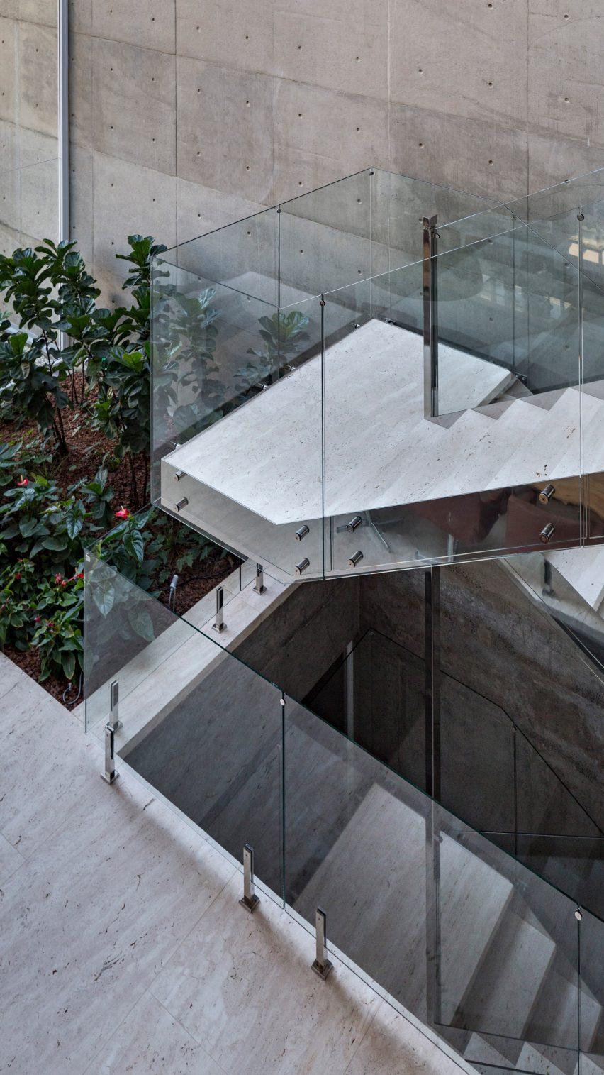 Jardim do Sol house by Hype Studio