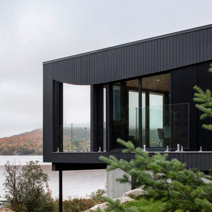 La Barque lake house by ACDF overlooks Quebec countryside