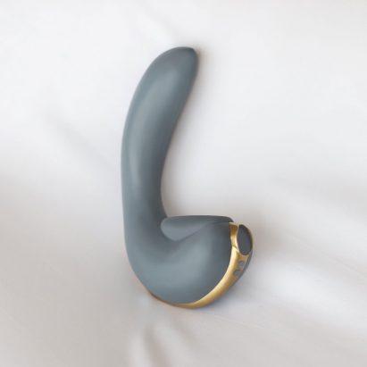 Lora DiCarlo sex toy Osé