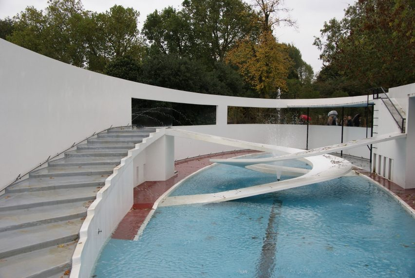 Lubetkin's Penguin Pool, photo by Chris Sampson