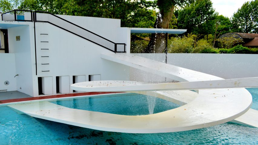 Lubetkin's Penguin Pool, photo by FeinFinch