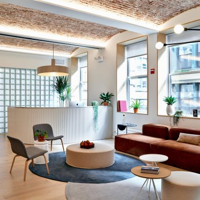 Float Studio Designs Rentable Meeting Rooms For Meet In Place In New York