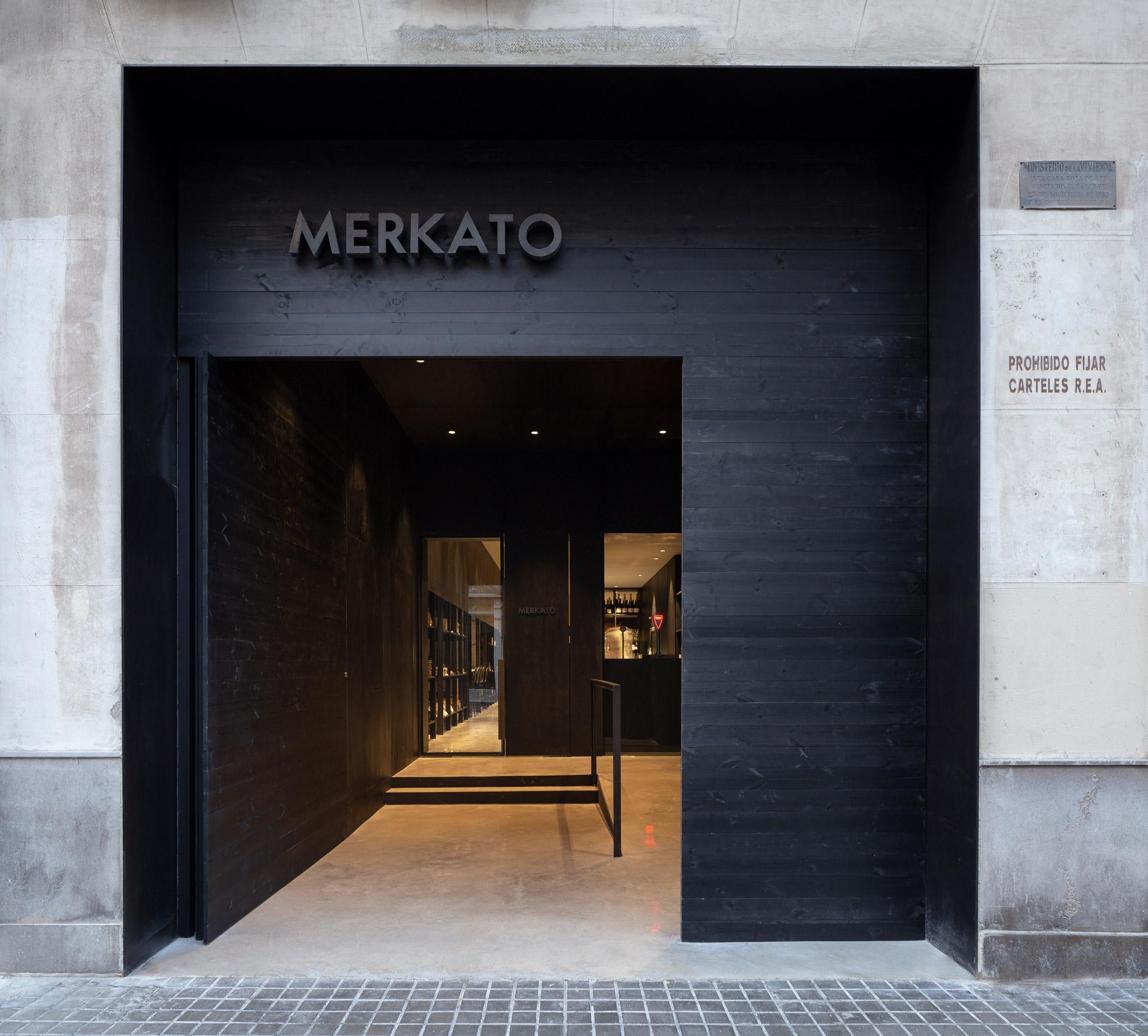 Exterior of Merkato restaurant, designed by Francesc Rifé Studio
