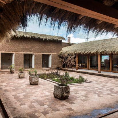 Mill Centro restaurant by Estudio Rafael Freyre