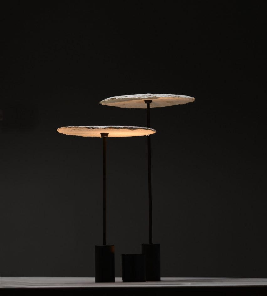 Nir Meiri makes sustainable lamp shades from mushroom mycelium