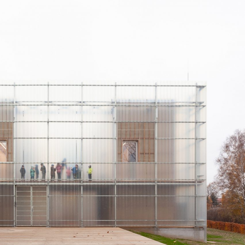 Kindergarten in Czech Republic encased in two layers of translucent fibreglass