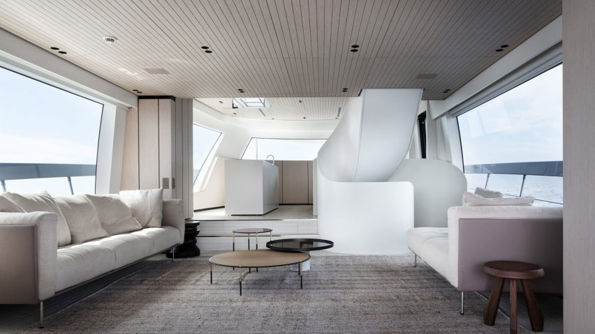 Sanlorenzo SX76 yacht interior by Piero Lissoni