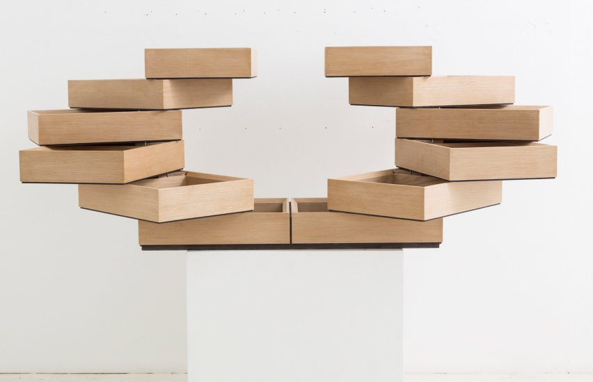 Breaking the Box by Sebastian ErraZuriz at R & Company