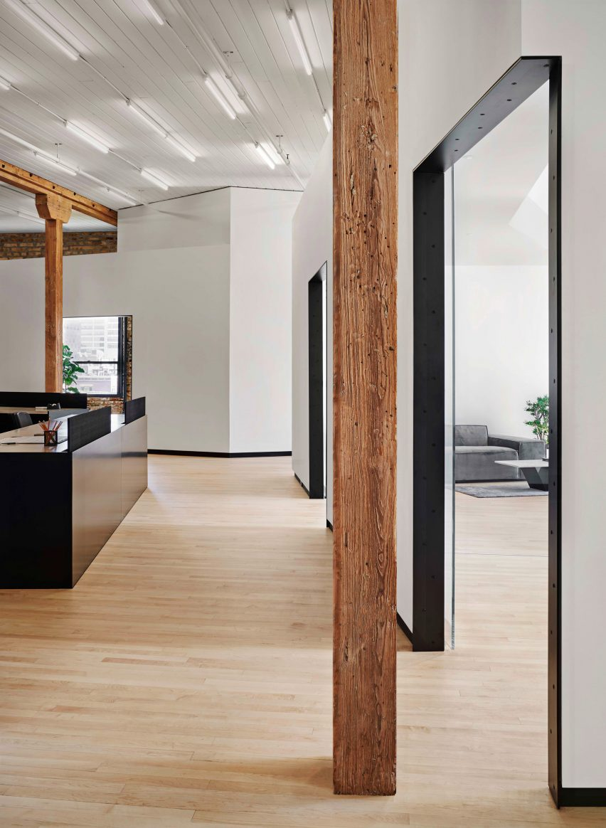 SY Offices by Vladimir Radutny Architects
