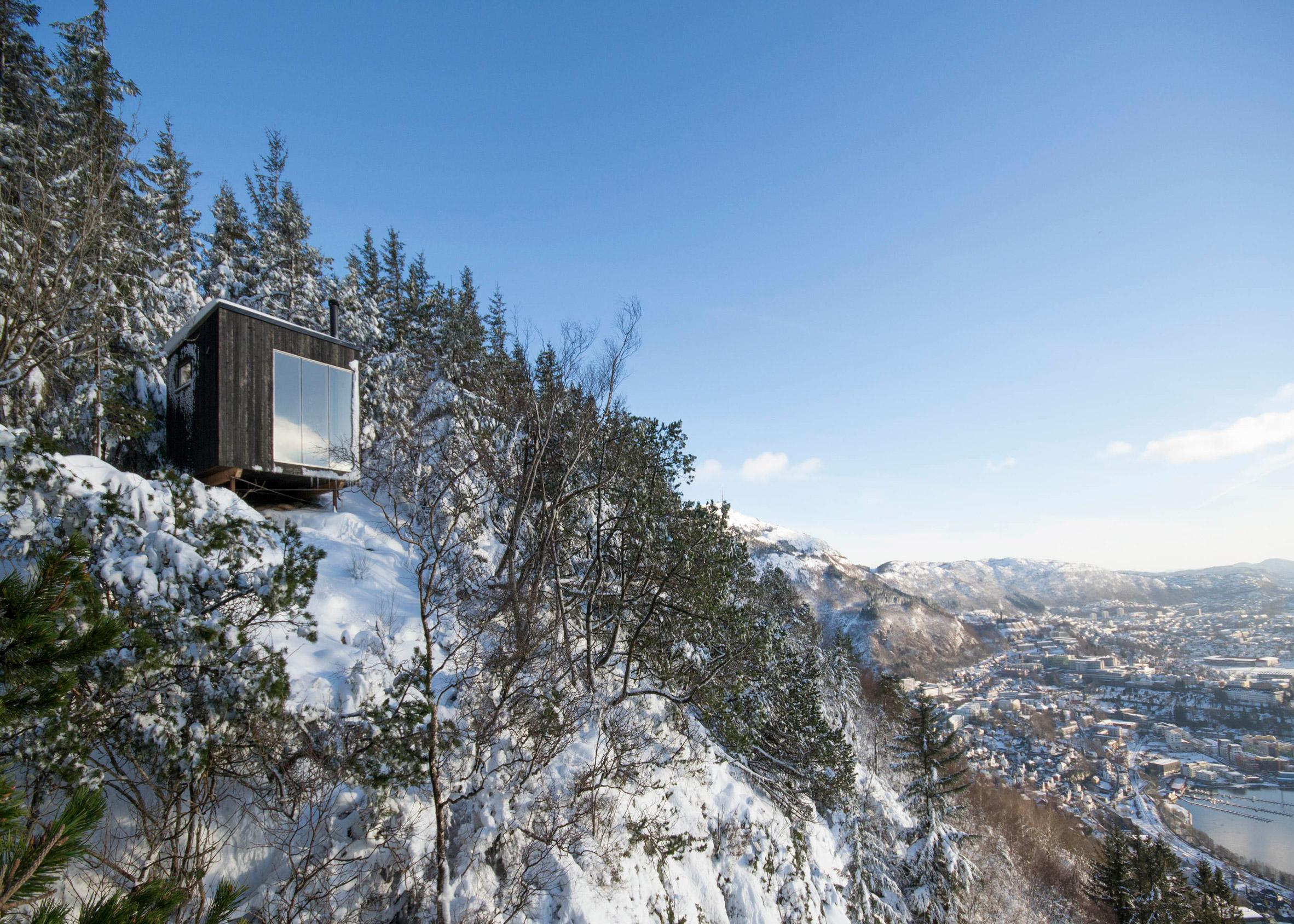 Tubakuba Mountain Hub by Espen Folgerø