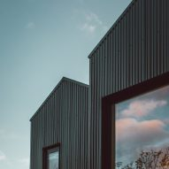 Twin-build house by Nik and Jon Daughtry in Sheffield