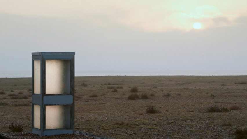 """Brexit phonebox on Dungeness beach invites the public to """"leave a message for Europe"""""""