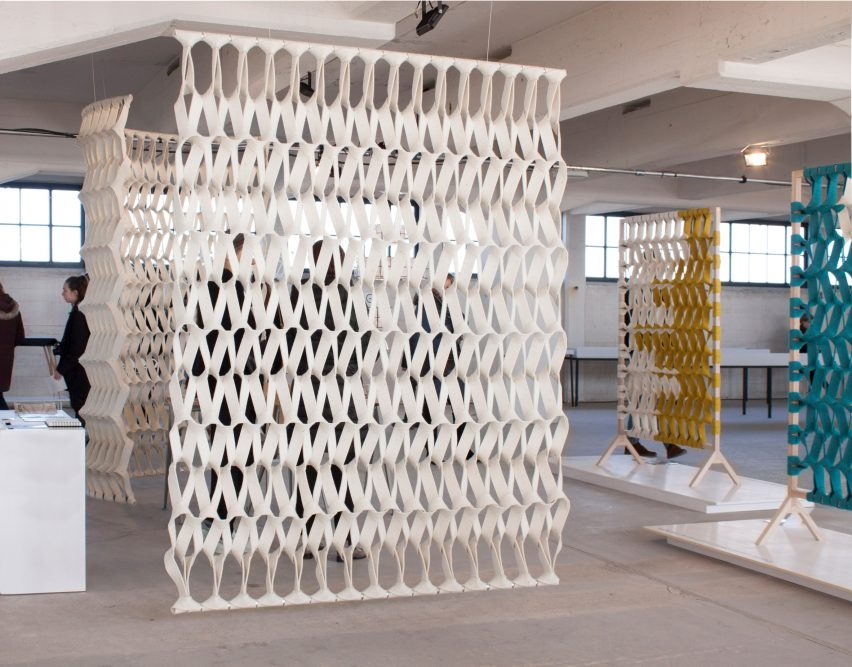 Petra Vonk Plectere 3D-knitted acoustic curtains