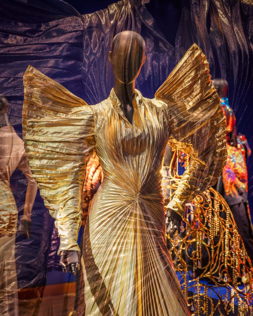 Couturissme exhibit by Thierry Mugler