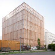 Berlin workshop transformed into theatre school by Ortner & Ortner Baukunst
