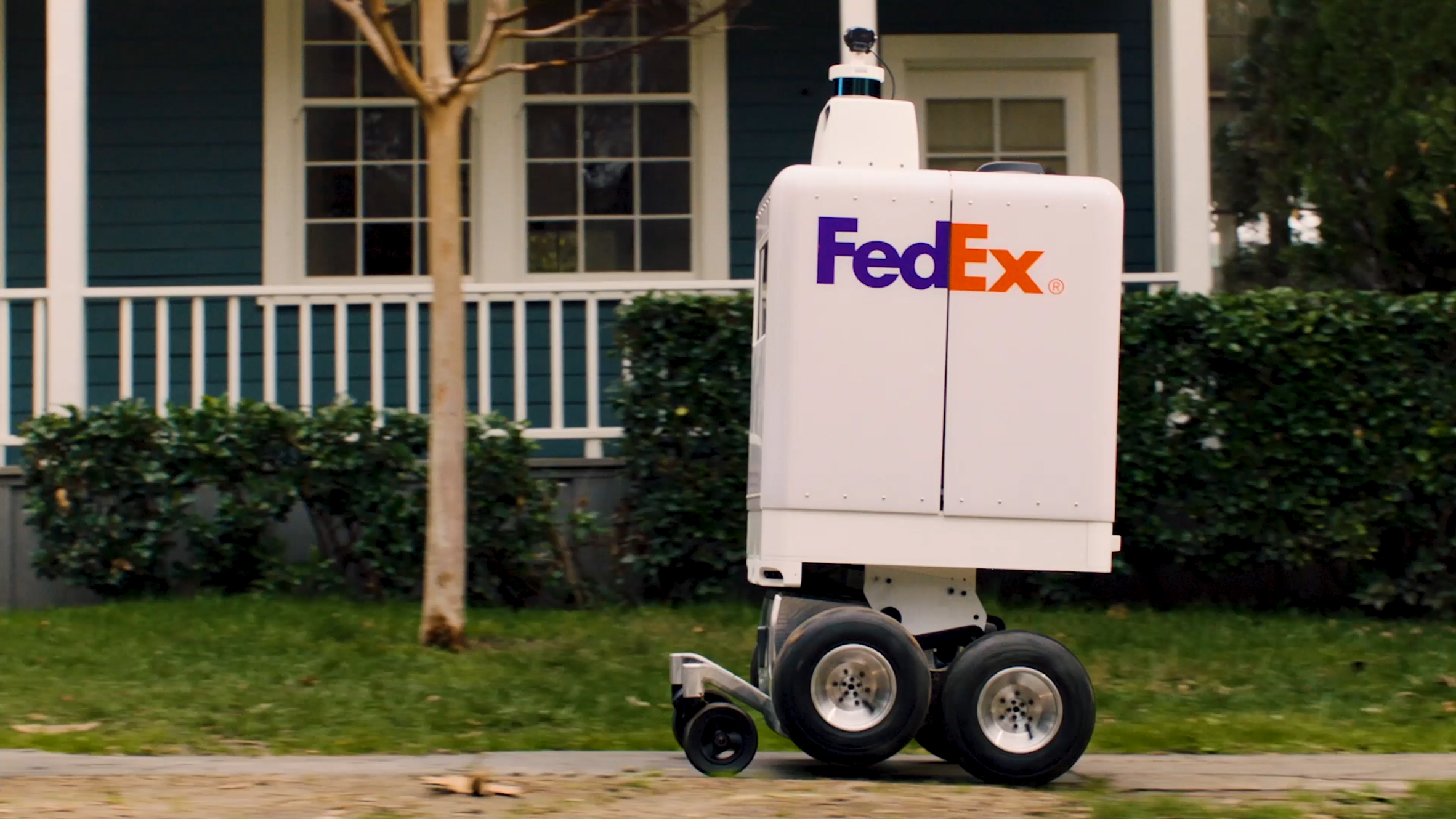 FedEx's delivery robot SameDay Bot delivers packages to your