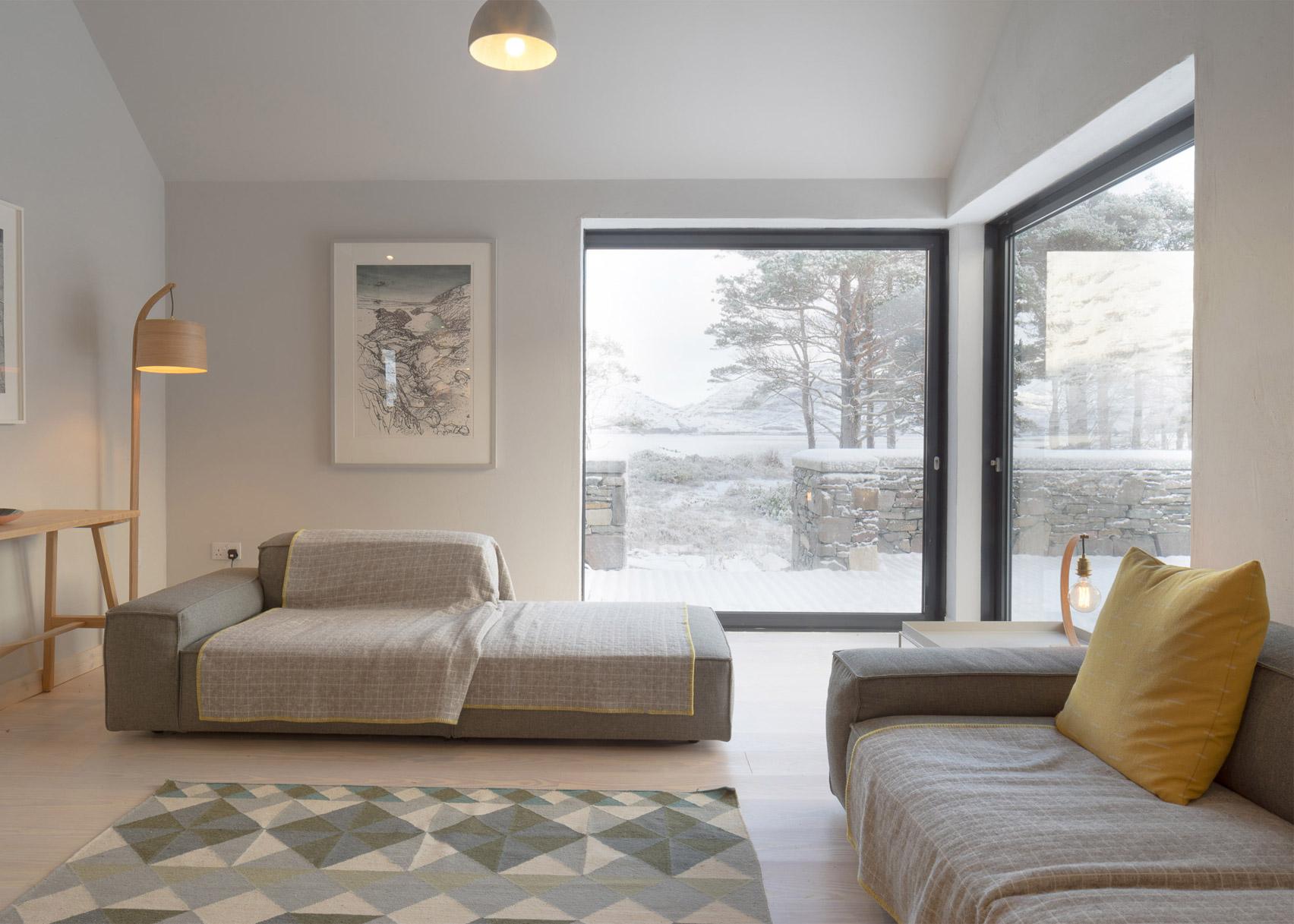 Lochside House by Haysom Ward Millar Architects