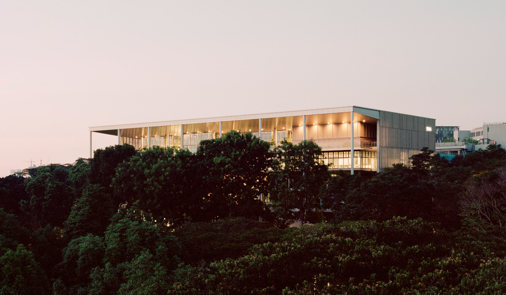 University of Singapore's SDE4 building is a sustainable design