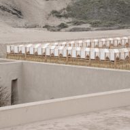Students build woven pavilion to shade archaeologists in Peru's desert