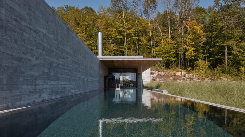 Pool House by MacKay-Lyons Sweetapple