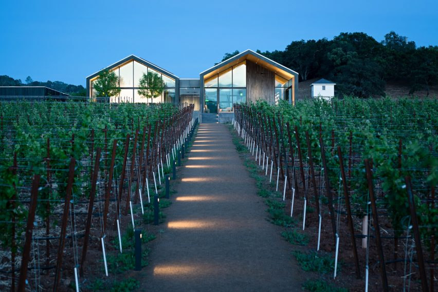 Silver Oak Winery by Piechota Architecture