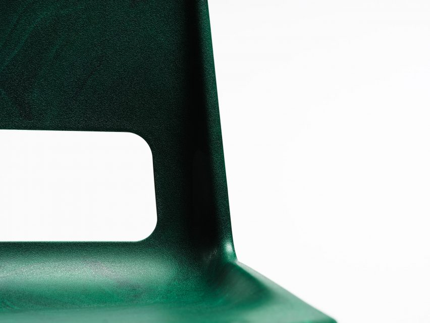 Snøhetta unveils S-1500 chair made from recycled plastic and steel
