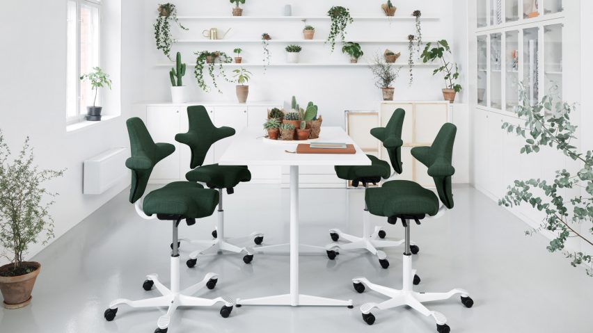 Healthy office furniture Stockholm