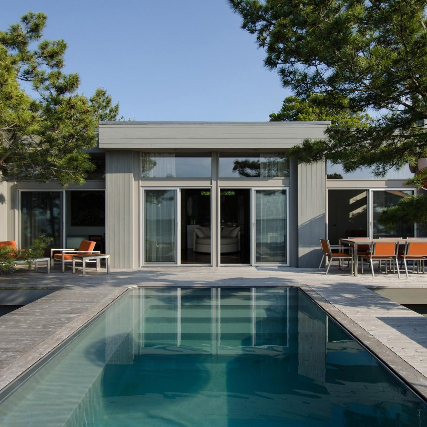 Rodman Paul Architects renovates Bay Walk bungalow in Fire Island Pines