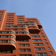 Team Paul de Vroom + Sputnik completes pair of Dutch towers in Moscow