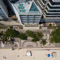 Aerial view of Hotel Arpoador in Rio de Janeiro by Bernardes Architecture
