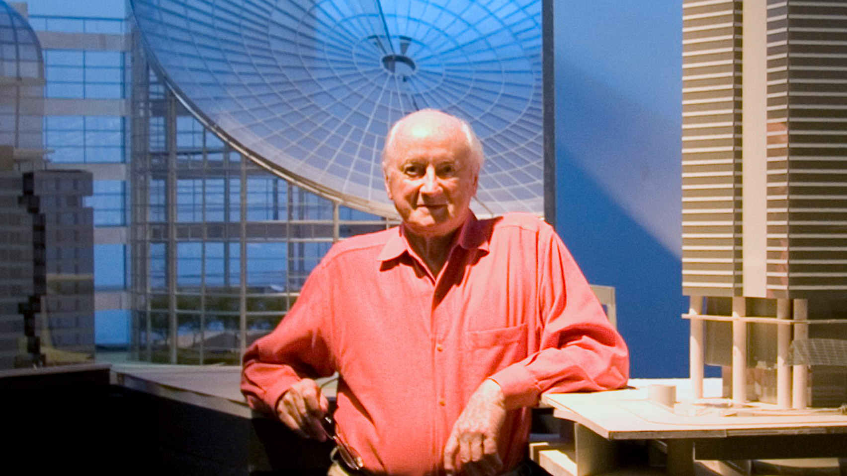 Pritzker Prize-winning architect Kevin Roche dies aged 96